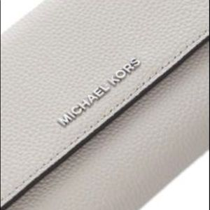 NWT Michael Kors Jet Set Tri Fold Wallet-Cement-